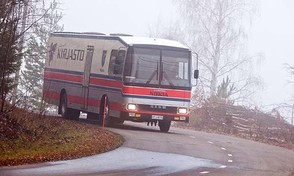Kirjastoauto Sisu-Kiitokori '85 - Lukutoukka