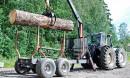 County 754 Super 4 + Farmall 806 – Jäykkä Britti ja preeriatraktori