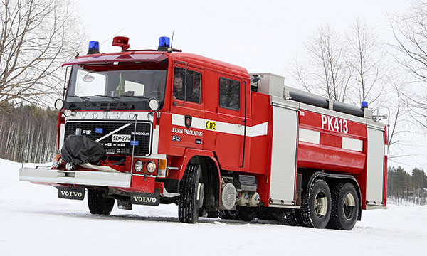 Volvo F12 1985 – PK413: kun hätä on suurin